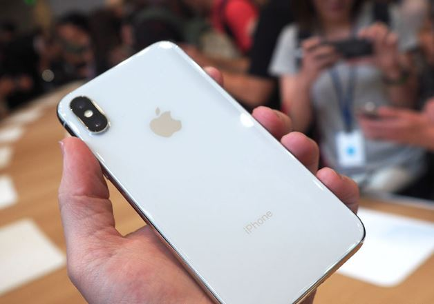 Apple_iPhone_X_13.JPG