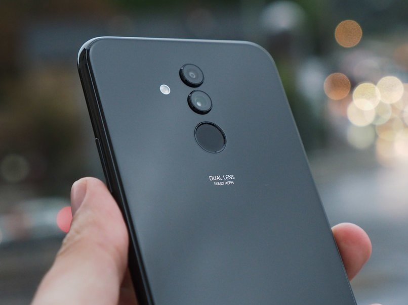 Huawei_Mate_20_Lite_official8.jpg