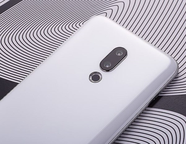 Meizu_16_official_10.jpg